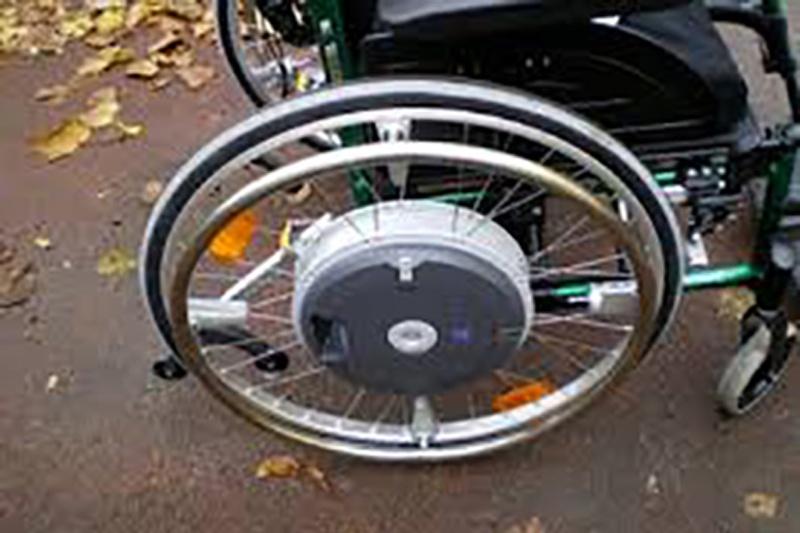 Prêt matériel handicap - Fauteuil roulant roues electriques